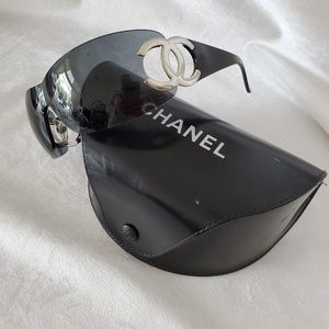 Authenic CHANEL CC logo sunglasses 4125